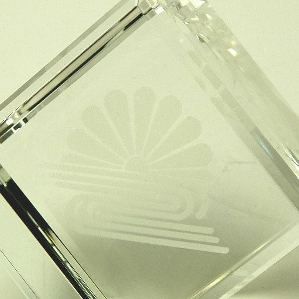 画像2: オリジナル2Dレーザー加工 CV53:周年記念や企業表彰の記念品にオススメのガラスの記念品